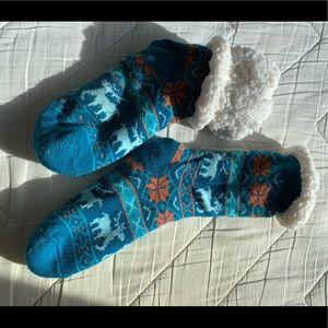 Shoes - super soft socks